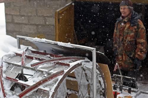 Необычный самодельный снегоход!