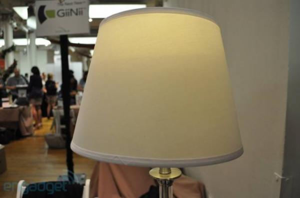 Лампочка-динамик