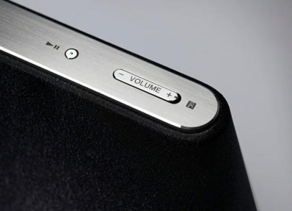 Sony RDP-X500iP - акустическая система для ай-гаджетов