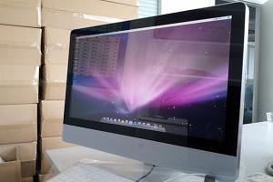 Китайский клон iMac с 21,5-дюймовым дисплеем. Фото